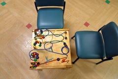 Dziecko zabawki stół z krzesłami fotografia stock