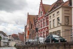 Dziejowi domy Bruges Belgia obrazy stock