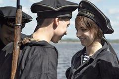 Dziejowy festiwal Drugi wojna światowa w Samara, Lipiec 26, 2015 Grupowy Jung na tle Volga rzeka Zdjęcia Stock