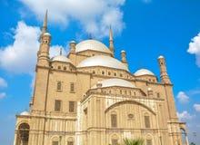 Dziejowy meczet od Egipt z chmurnym niebem zdjęcie royalty free