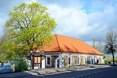 Dziejowy muzeum w Kupiskis miasteczku na wiosna czasie fotografia royalty free