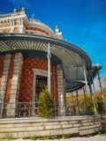Dziejowy pawilonu Des Petits Jeux w centrum miasta zdrój, Belgia, część galeria Leopold II i parc de Sept heures, fotografia royalty free