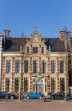 Dziejowy stary budynek na Ossenmarkt kwadracie w Groningen Obraz Royalty Free