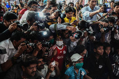 Dziennikarzi i fotografowie współzawodniczy z each inny podczas gdy zakrywający wydarzenie Obrazy Royalty Free
