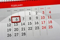 Dzienny miesiąc Odizolowywający Kalendarzowy Scheduler 2018 Luty 6 Obrazy Royalty Free