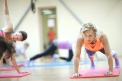 Dzienny sprawności fizycznej szkolenie dla kobiet zdjęcie royalty free