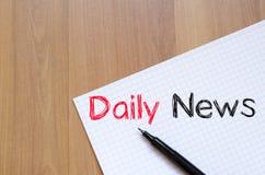 Dzienny wiadomości pojęcie na notatniku Obrazy Royalty Free