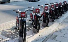 Dzierżawi rower w Londyn, UK 2015 Zdjęcia Stock