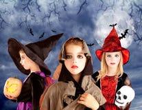 dziewczyn Halloween dzieciaka księżyc bani niebo Obrazy Royalty Free