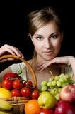 dziewczyn piękni owocowi warzywa Obrazy Royalty Free