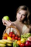 dziewczyn piękni owocowi warzywa Zdjęcie Royalty Free