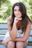 dziewczyn potomstwa szczęśliwi plenerowi target68_0_ Zdjęcia Stock