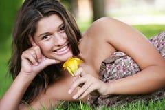 dziewczyn potomstwa szczęśliwi plenerowi target792_0_ Obraz Stock