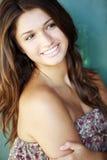 dziewczyn potomstwa włosiani szczęśliwi dłudzy plenerowi target253_0_ Obrazy Royalty Free