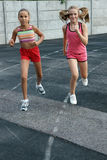 dziewczyn preteen bieg Fotografia Royalty Free