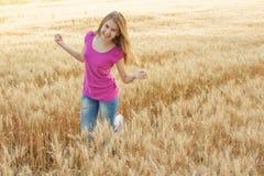 dziewczyn śródpolni potomstwa Fotografia Stock