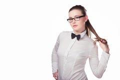 Dziewczyn spojrzenia przy firma logem Zdjęcia Stock