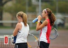 dziewczyn szkoły średniej tenis Fotografia Stock