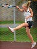 dziewczyn szkoły średniej tenis Zdjęcia Royalty Free