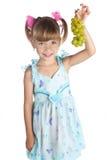 dziewczyn winogrona zielenieją trochę dosyć obraz royalty free