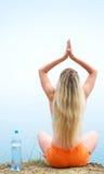 dziewczyna ćwiczyć joga Obraz Royalty Free