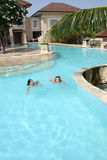 dziewczyna basen opływa Obraz Stock