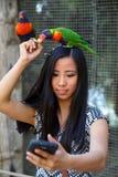 Dziewczyna bierze selfie Obrazy Royalty Free