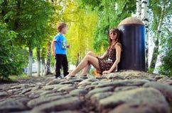 Dziewczyna i chłopiec Zdjęcia Royalty Free
