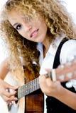 Dziewczyna i Gitara Akustyczna obraz stock