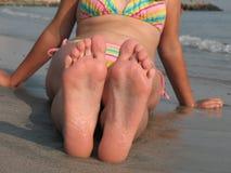 dziewczyna jest stopy Obraz Royalty Free