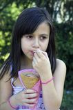 dziewczyna kremowy lodu Zdjęcia Stock