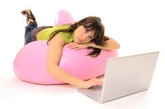 - dziewczyna laptop Zdjęcia Stock