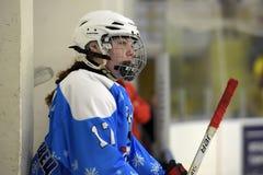 Dziewczyna lodowego hokeja dopasowanie zdjęcia stock