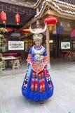 Dziewczyna Miao narodowość w Enshi fotografia royalty free