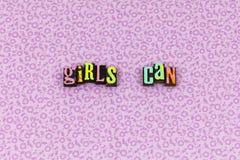 Dziewczyna może wierzyć postawa feminizmu letterpress zdjęcia stock