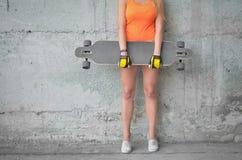 Dziewczyna na deskorolka Obraz Stock