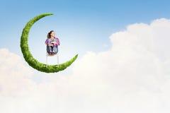 Dziewczyna na księżyc Obrazy Royalty Free