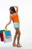 Dziewczyna na zakupy podczas sezonowych rabatów Zdjęcia Stock