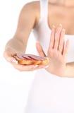 dziewczyna odmawia kanapki kiełbasę Fotografia Royalty Free