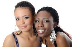 Dziewczyna oliwkowa i czarny dziewczyna Zdjęcie Royalty Free