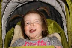 dziewczyna piękni śmiechy obrazy stock