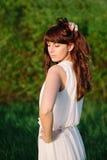 dziewczyna piękny smokingowy biel Zdjęcie Royalty Free