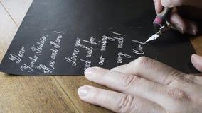 Dziewczyna pisze liście zdjęcie wideo