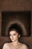 dziewczyna potomstwo włosy tęsk potomstwa zdjęcia stock