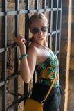 Dziewczyna przy Kalemegdan parka fortecą fotografia stock