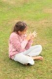 Dziewczyna rysunek na ręce Zdjęcie Royalty Free