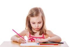Dziewczyna rysunek z ołówkami obrazy stock