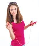 Dziewczyna słucha muzykę. zdjęcie stock