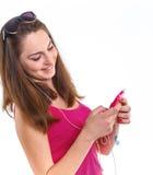 Dziewczyna słucha muzykę. fotografia stock