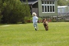 dziewczyna szczeniaczka, Zdjęcie Stock